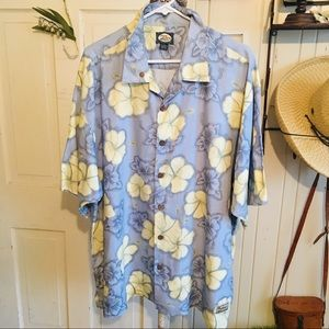 Tommy Bahama Shirt - XL rayon blue multi print